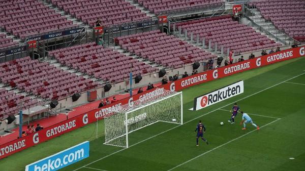 Pertandingan yang Bikin Barcelona Serba Salah