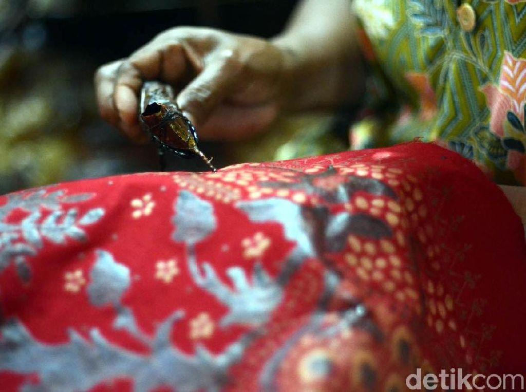 Mengenal Batik Tulis Lasem yang Berharga Jutaan Rupiah