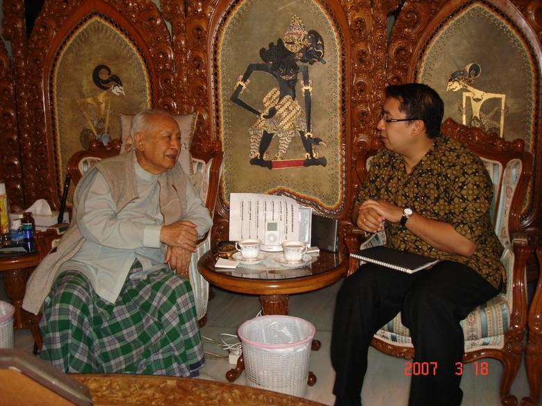 Fadli Zon Unggah Foto Bareng Soeharto di 2007: Kami Ngobrol Panjang