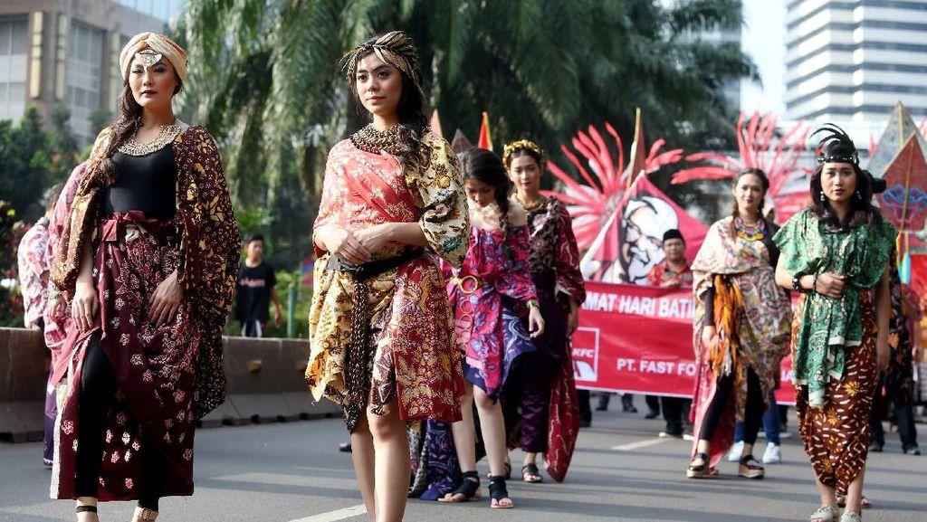 BNI Meriahkan Hari Batik Nasional