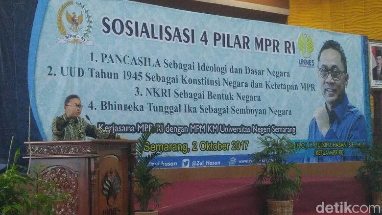 Ketua MPR Sosialisasi 4 Pilar di Semarang Pakai Batik Terbaiknya