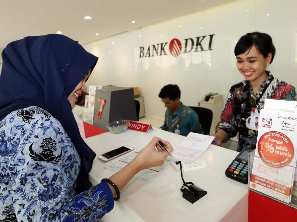 Ini Posisi Pegawai Bank yang Paling Terancam Musnah