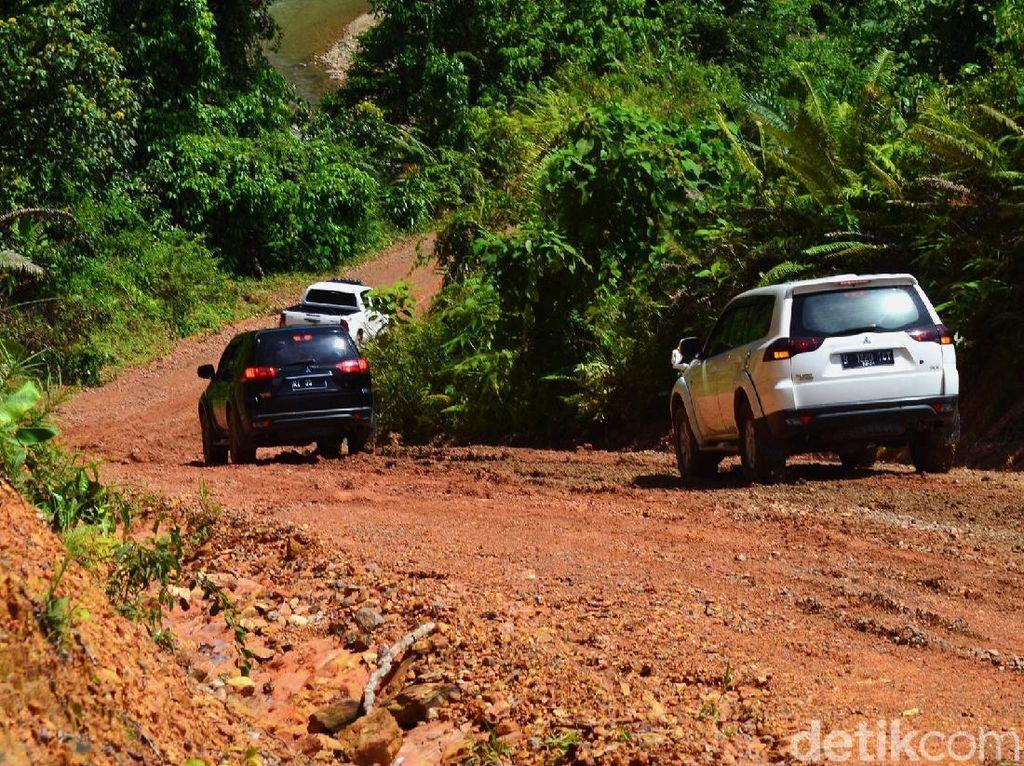 Pembangunan Jalan Perbatasan RI-Malaysia Dikebut