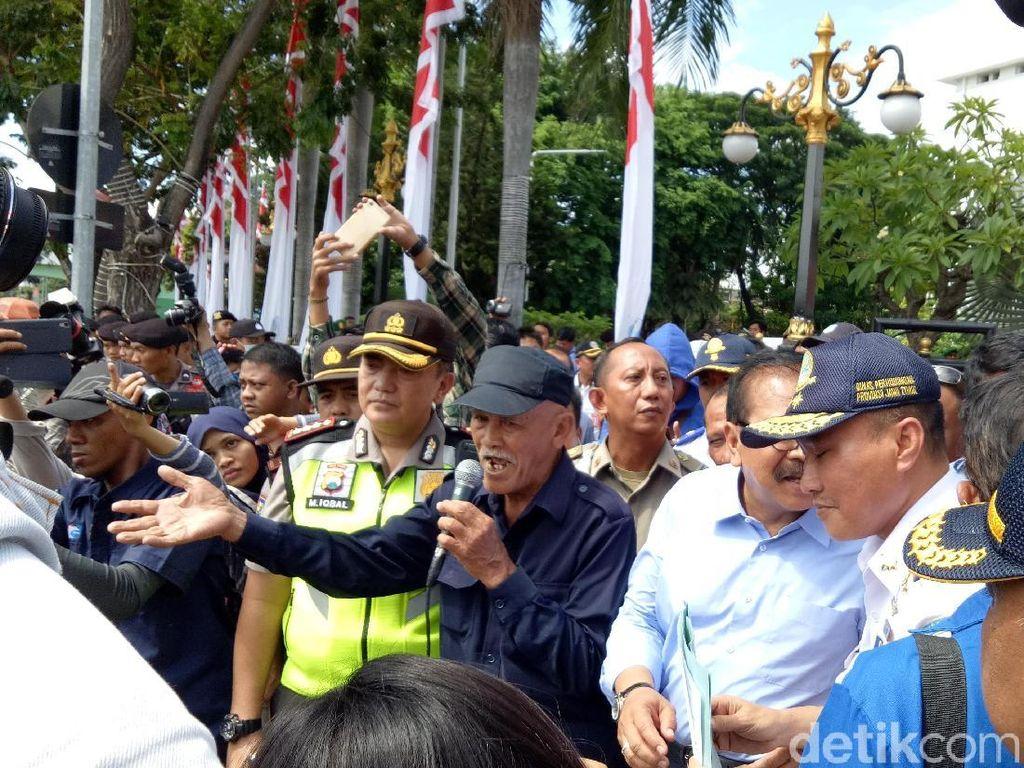 Ini Petisi Komunitas Angkutan Kota Surabaya Tolak Transportasi Online