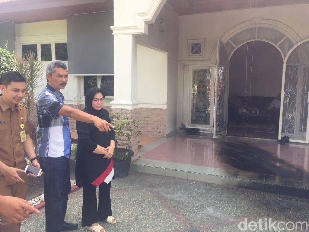 Rumah Anggota DPRD Riau Dilempar Bom Molotov