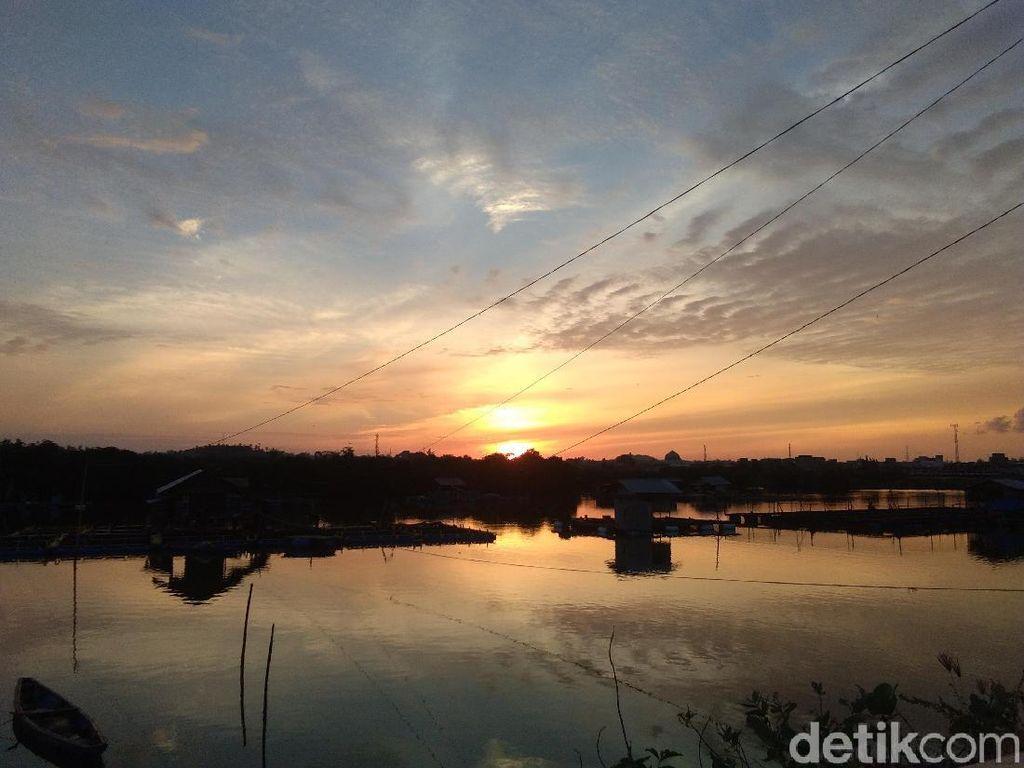 Sunset Romantis di Waduk Pusong Aceh