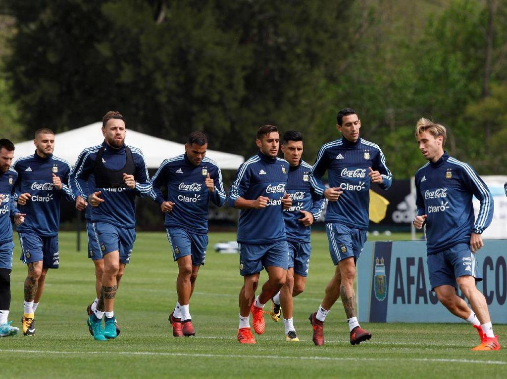 Melihat Latihan Timnas Argentina Jelang Laga Krusial Lawan Peru