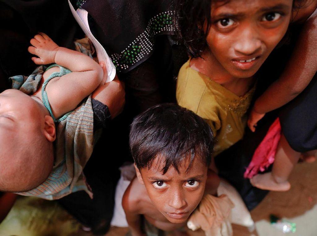 Ribuan Anak Rohingya Yatim Piatu Akibat Kekerasan di Myanmar
