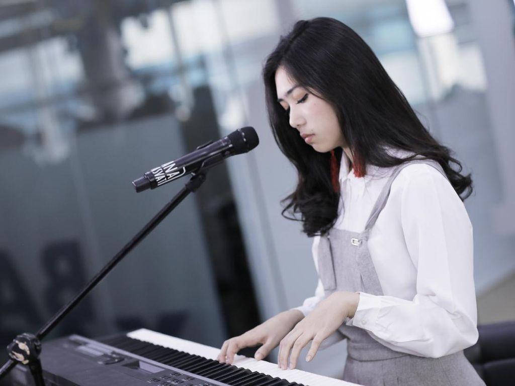 Ayat-ayat Cinta Dibuatkan Konser, Isyana Sarasvati Senang Banget