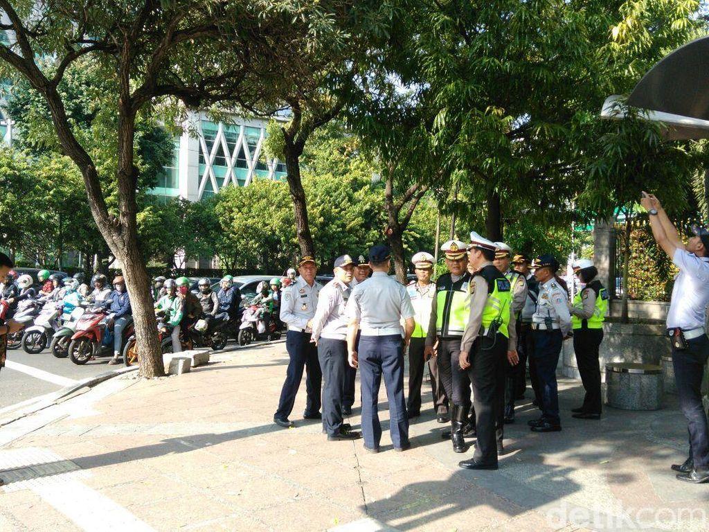 Dirlantas Tinjau CCTV Bersuara di Simpang Kebon Sirih
