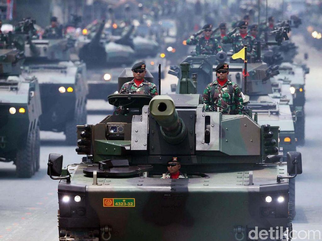 Canggih! TNI Pamer Alutsista di Hadapan Jokowi
