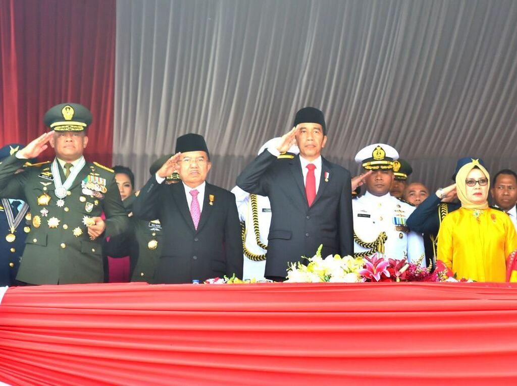 Pesan Jokowi dan Janji Kesetiaan Panglima TNI