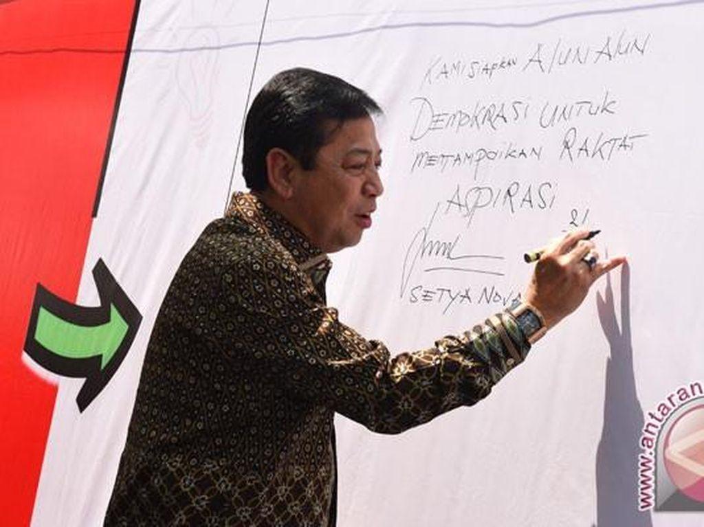 Potret Novanto Pakai Jam Mewah Richard Mille, Bareng Trump dan di DPR