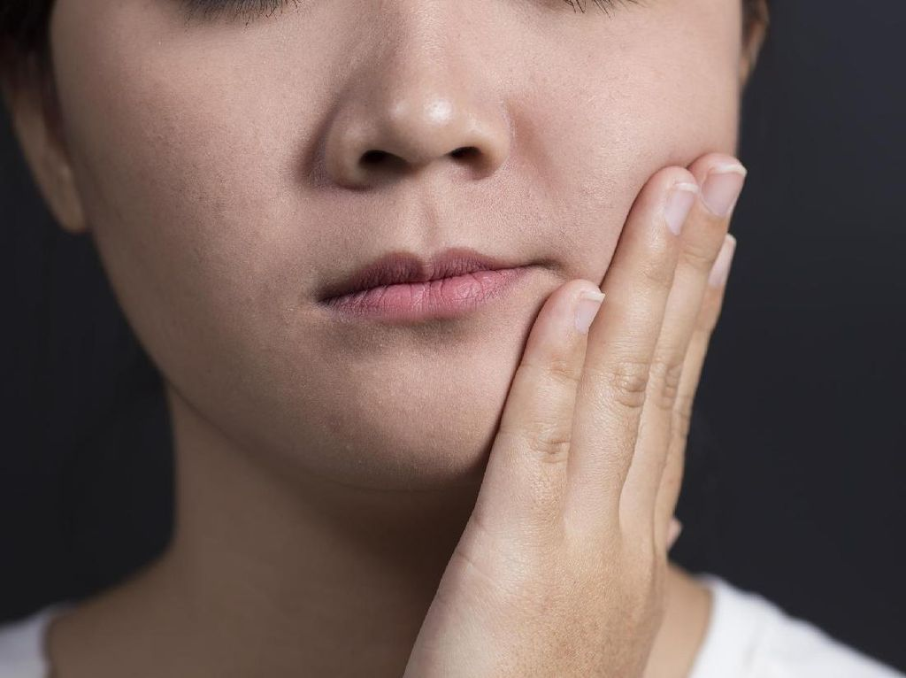 Sakit Gigi Dibiarkan, Waspada 6 Penyakit Berbahaya yang Bisa Muncul