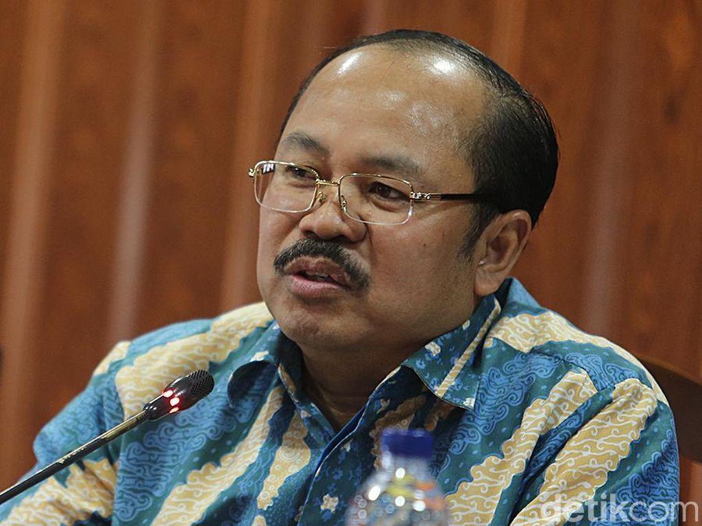 Ketua Ombudsman: Seharusnya Rektor UGM Tak Alergi Bertemu Langsung