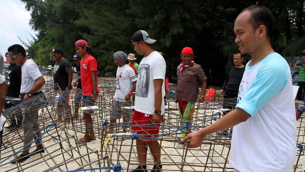 Selamatkan Terumbu Karang di Laut Utara Jakarta