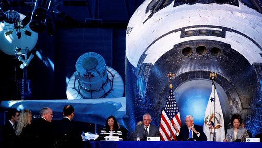AS Umumkan Ambisi Taklukkan Bulan dan Sambangi Mars