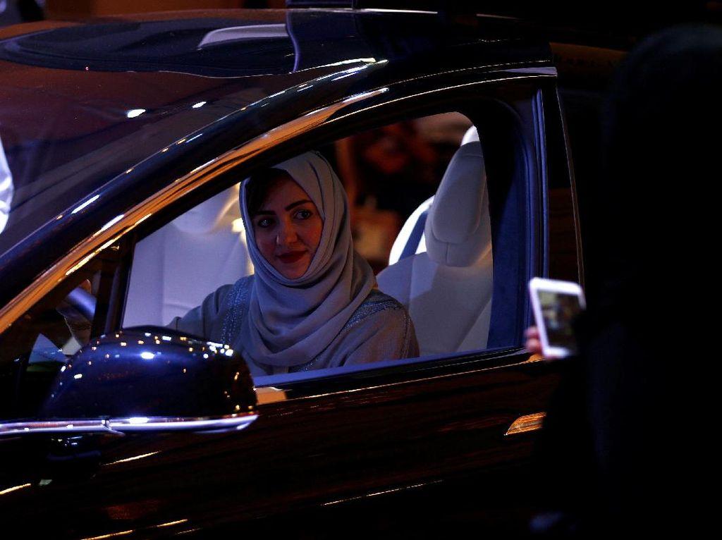 Wanita Saudi Sekarang Boleh Buka Bisnis Tanpa Izin Suami