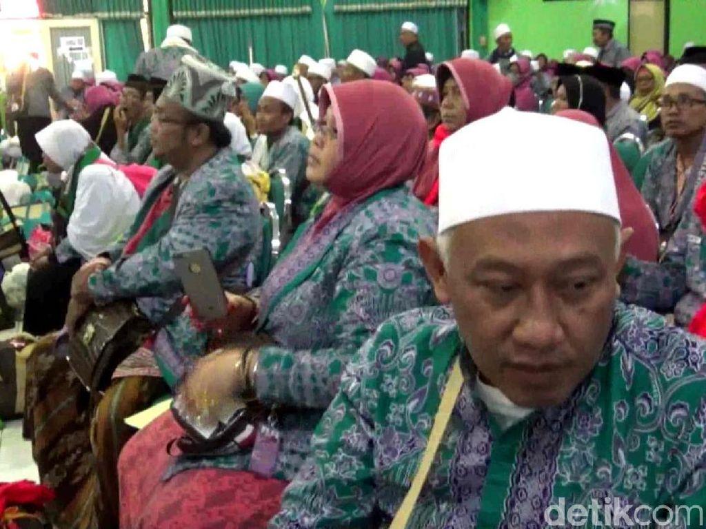Jamaah Haji Kloter Terakhir Tiba di Surabaya