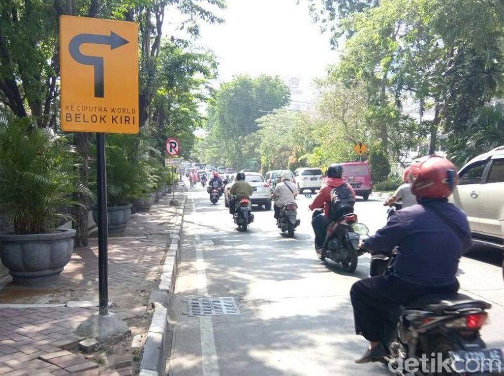 Pasang Rambu Lucu, Ciputra World: Agar Warga Surabaya Familiar