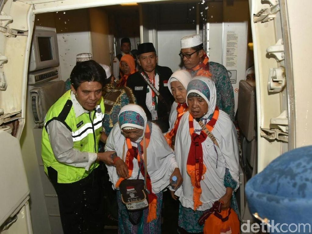 Kemenhub: Penerbangan Haji 2017 Lancar dan Ketepatan Waktu Tinggi