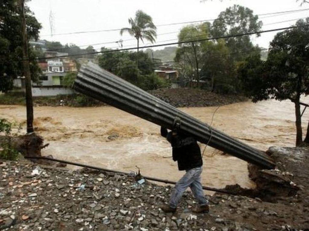 Badai Nate Ganggu Tiga Negara Bagian Amerika Serikat