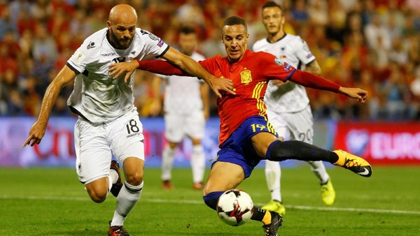 Libas Albania, Spanyol Lolos ke Putaran Final
