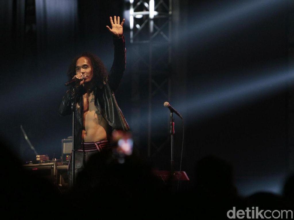 Lirik dan Chord Jakarta Pagi Ini dari Slank