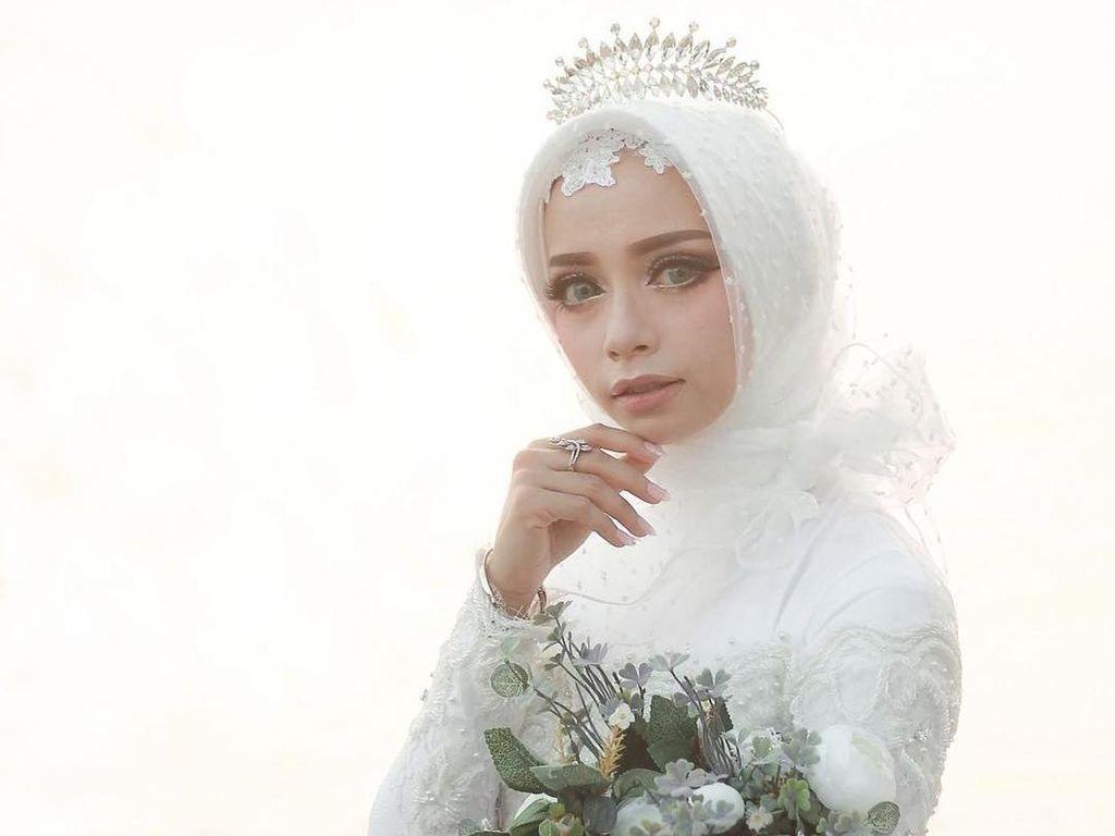 10 Inspirasi Model Hijab Pengantin untuk Tampil Glamor di Pesta Pernikahan