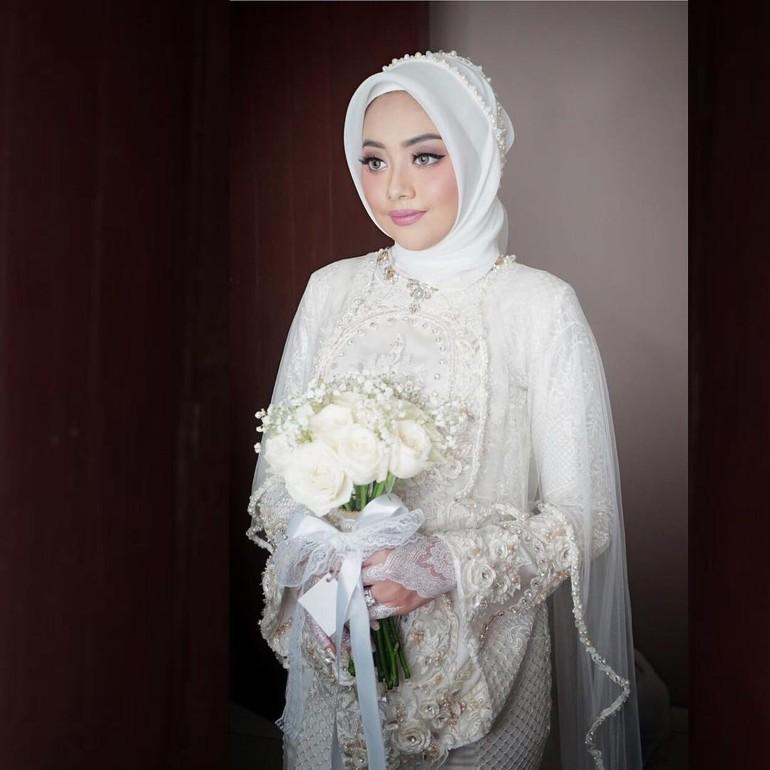 10 Inspirasi Model Hijab Pengantin Untuk Tampil Glamor Di Pesta