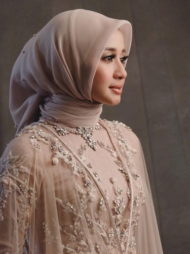 Hijab Laudya Cynthia Bella.