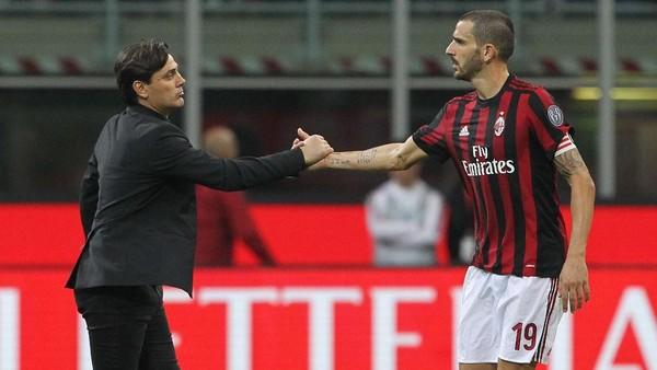 Pirlo: Montella dan Bonucci Masih Butuh Waktu di Milan