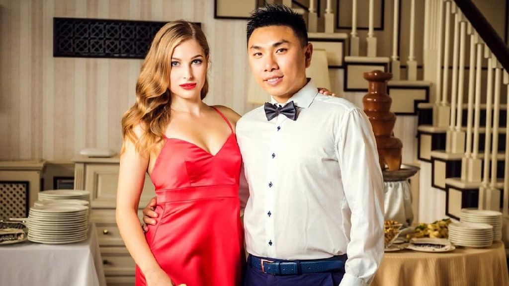 Sosok Pria China Penakluk Wanita Cantik Ukraina