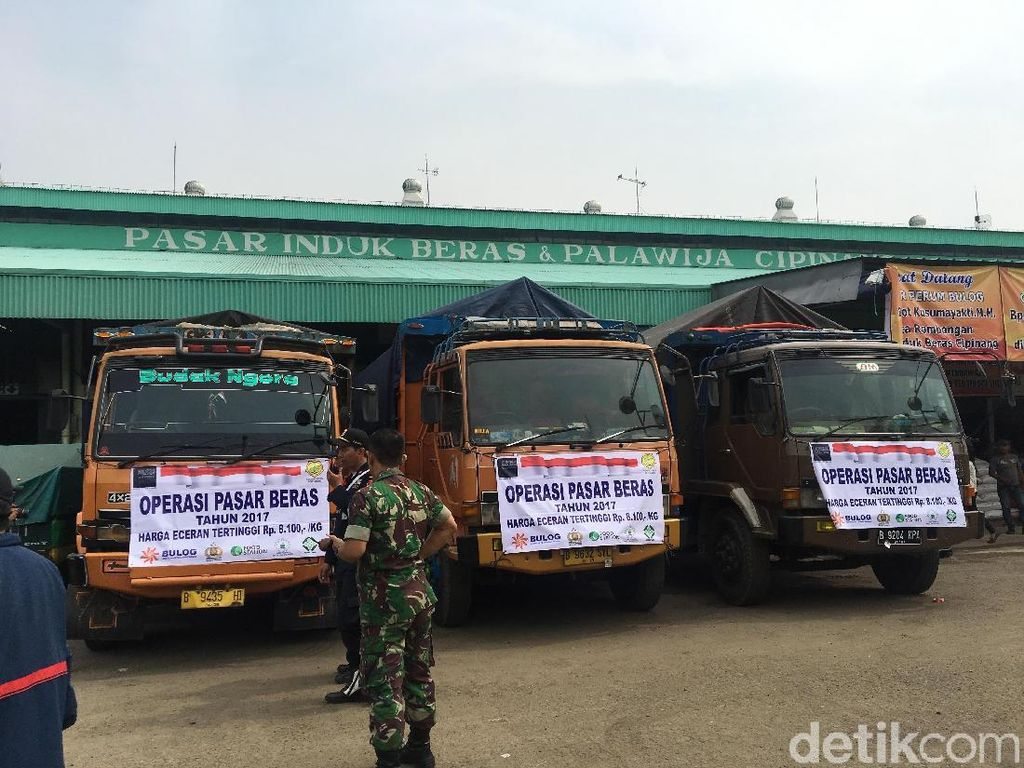 Beras Medium Langka, Dua Menteri Jokowi Operasi Pasar di Cipinang