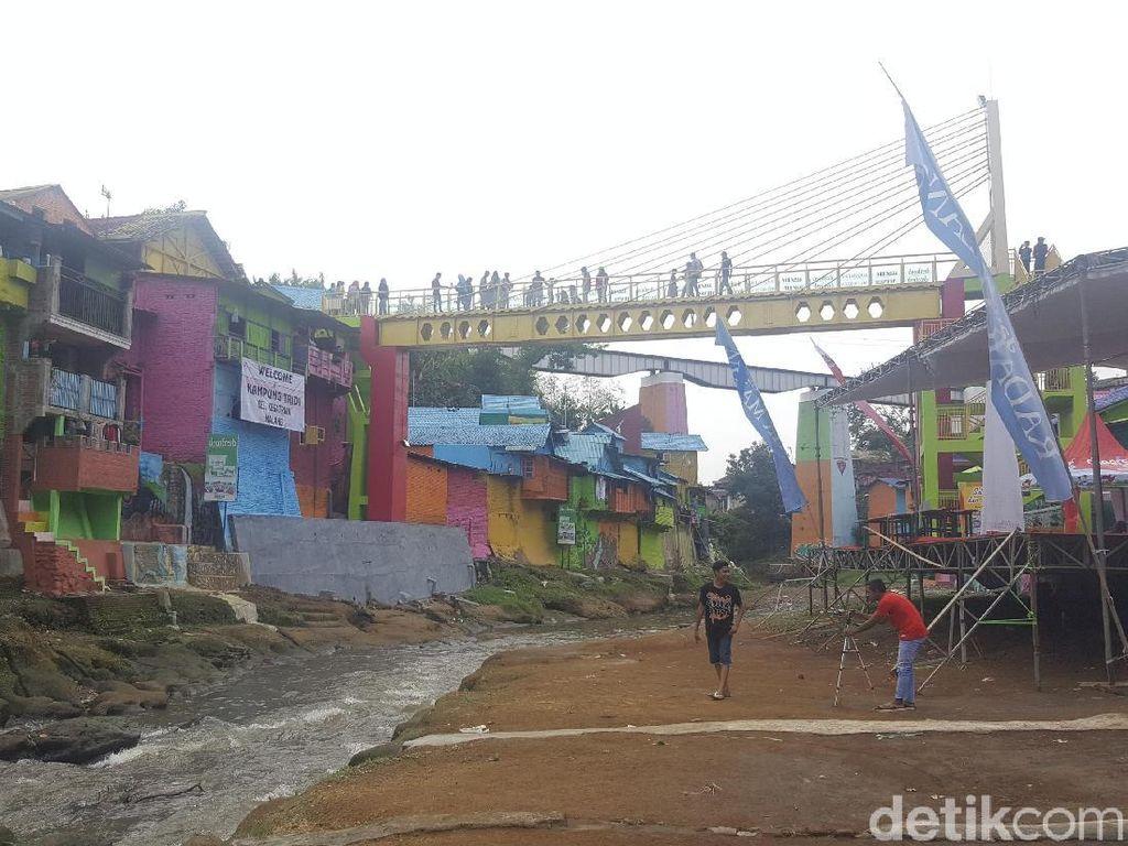 Jasa Tirta Minta Keselamatan Wisatawan Jembatan Kaca Diutamakan