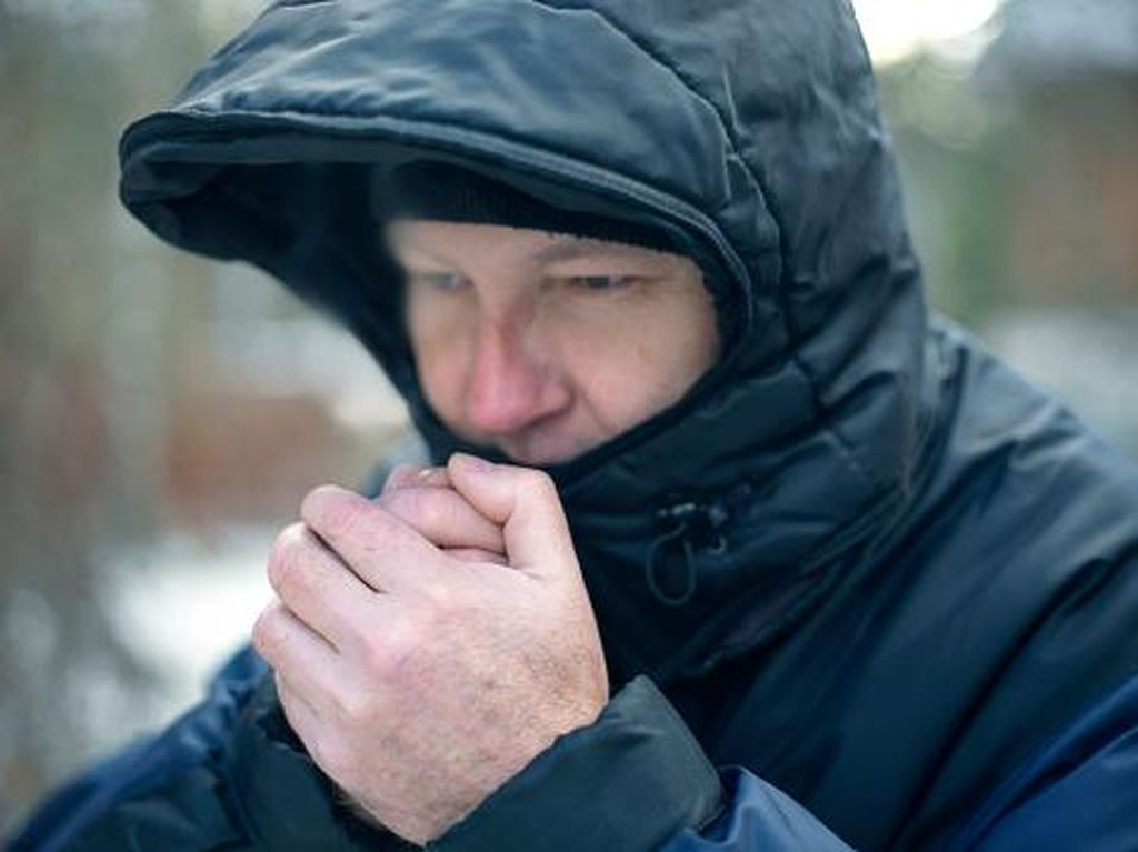 Kenapa Saat Cuaca Dingin Tak Dianjurkan Menggosok-gosokan Tangan?