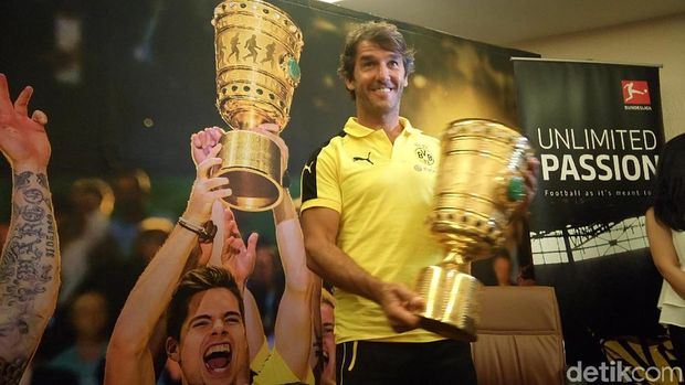 20 Menit Bersama Legenda Borussia Dortmund, Karl-Heinz Riedle
