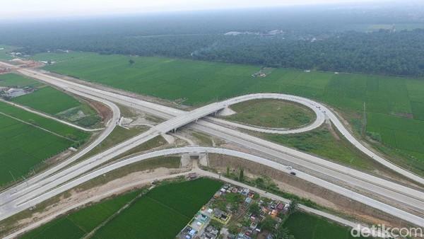 Prabowo-Sandiaga Buka Peluang Batalkan Sejumlah Proyek Infrastruktur Jokowi