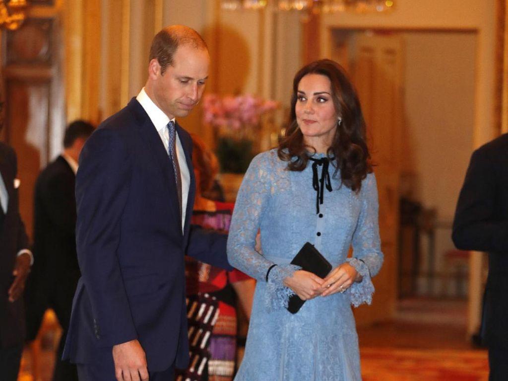 Hamil Anak Ketiga, Kate Middleton Akhirnya Pamer Perut Buncit