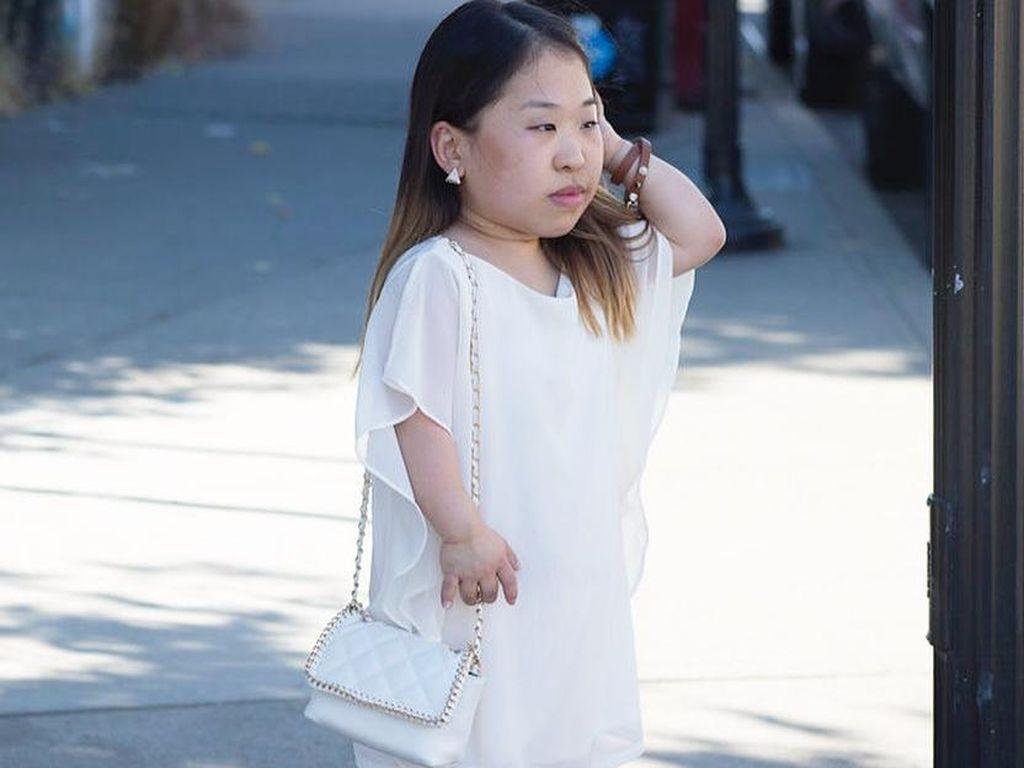 Fashion Blogger Korsel Ini Jadi Viral karena Bertubuh Kerdil
