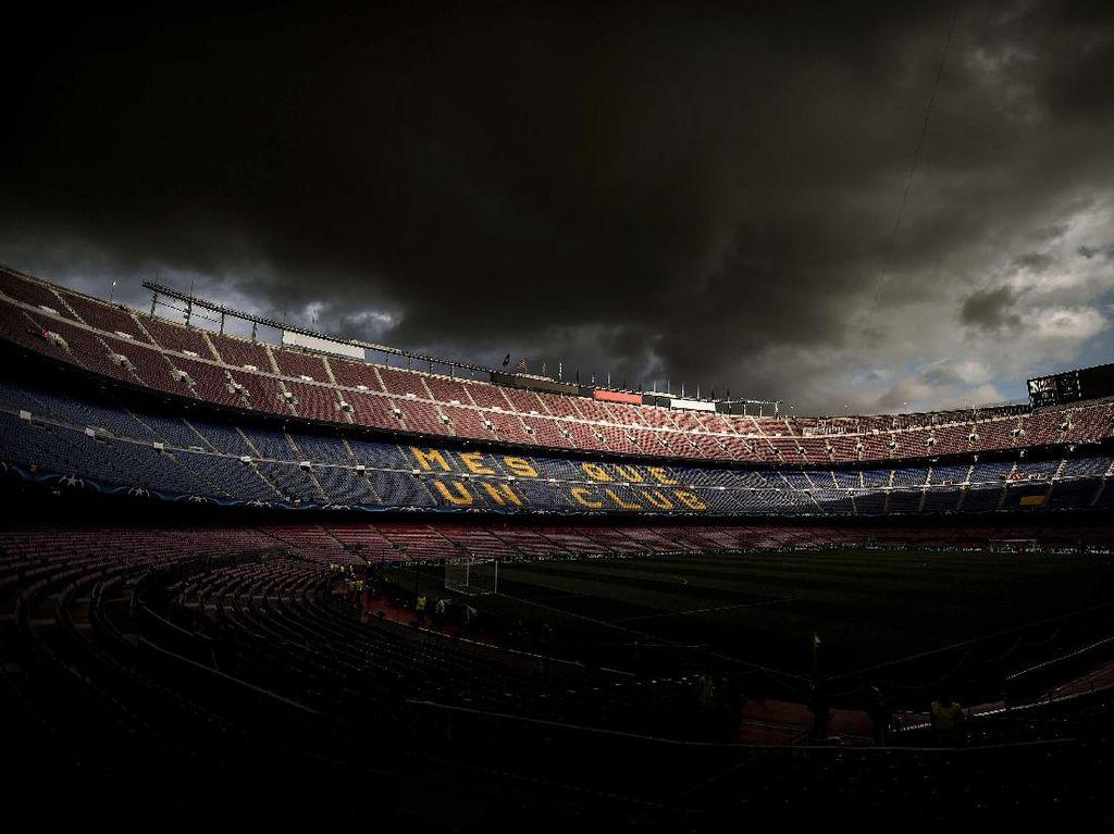 Kisruh Barcelona di 2020: Messi Vs Abidal, Barcagate, Pangkas Gaji