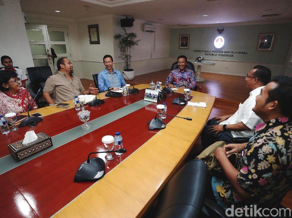 Imam Nahrawi Bertemu dengan Indonesia Olympians Association