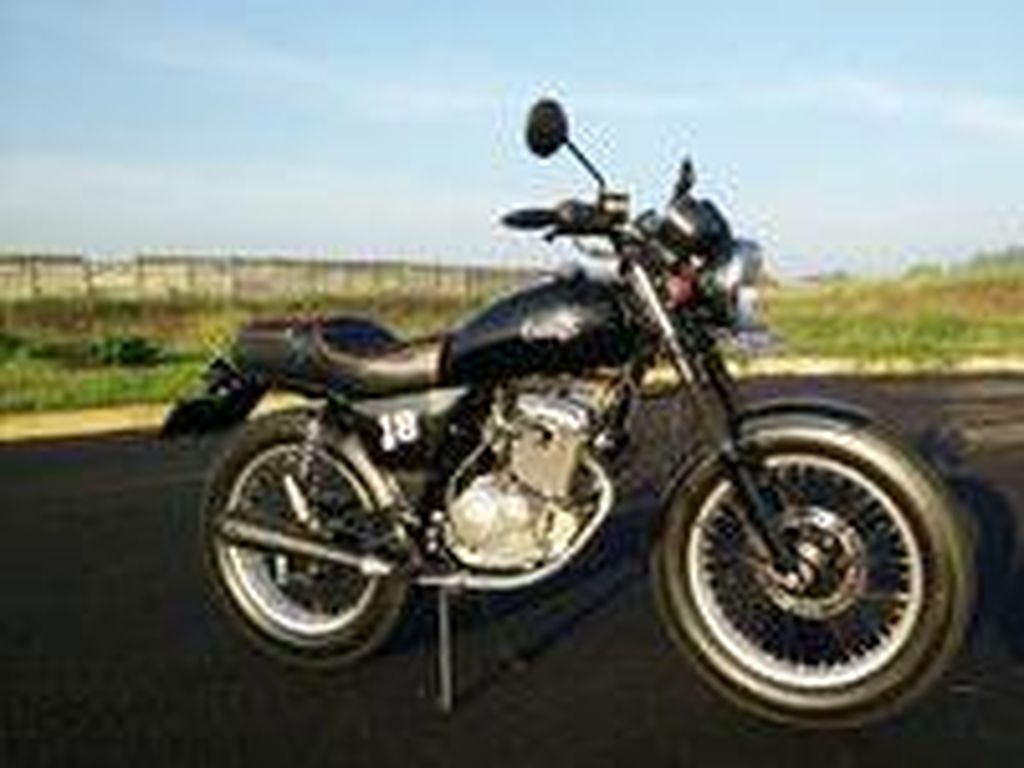 Thunder EN125 Retro Classic