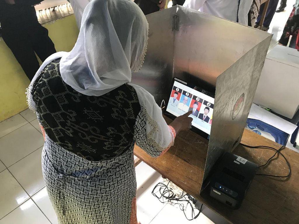 Meriahnya Pilkades Serentak dengan Sistem e-Voting di Bantaeng