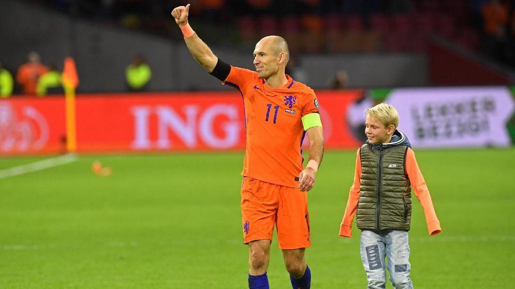 Belanda Kandas, Robben Pensiun dari Timnas