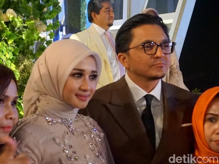 Resepsi Laudya Cynthia Bella dan engku Emran di Bandung.