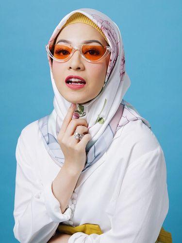 Hijab Scarf Motif Ini Kaprikornus Favorit Natasha Rizky