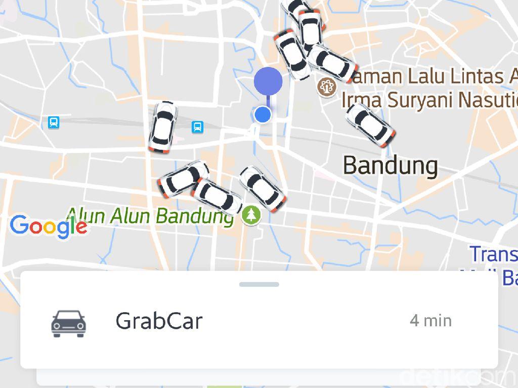 Diimbau Tak Beroperasi, Taksi Online Masih Menyemut di Aplikasi