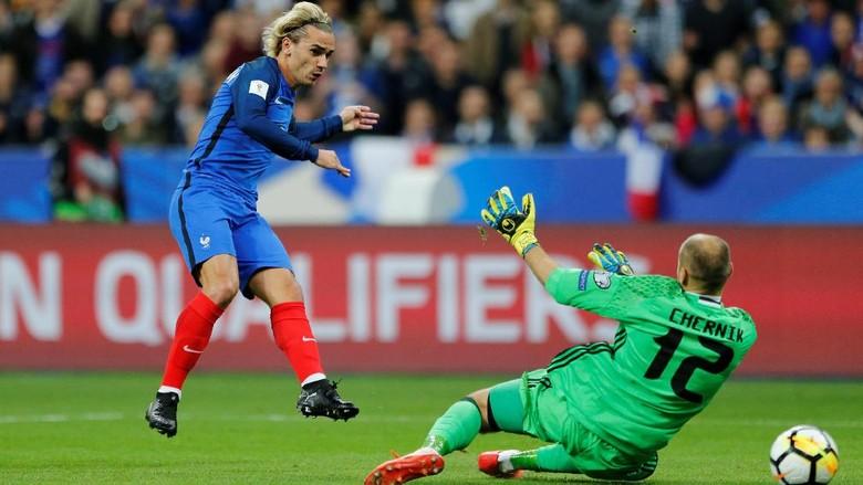 Kemenangan atas Belarusia Antarkan Prancis ke Piala Dunia