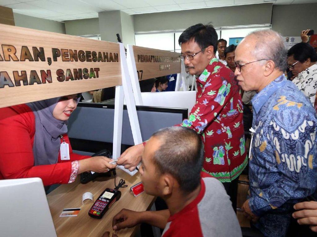 Lebih Dekat, Bank DKI Hadir di Mal Pelayanan Publik